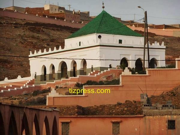 موسم سيدي أحمد اوموسى بتيزنيت: دين، تجارة ودعارة