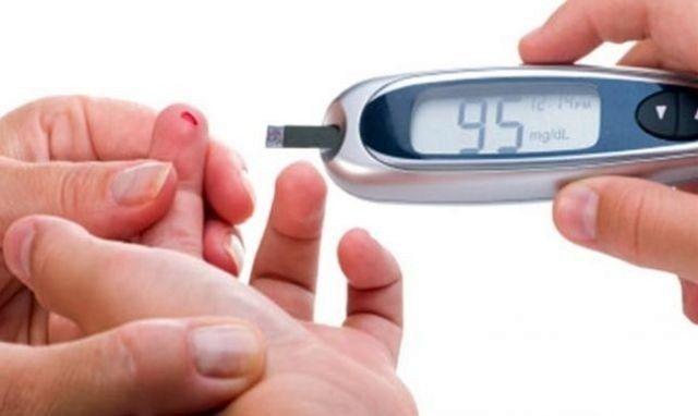 إنتاج جهاز جديد يريح مرضى السكري من عملية الوخز