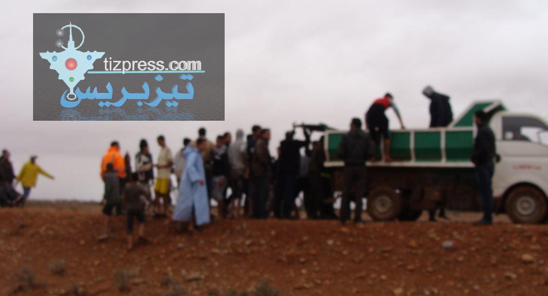 فاجعة بيزاكارن: الوقاية المدينة تستعين بشاحنة نقل الأزبال لنقل جثامين ضحايا « وادي تمسورت» !!