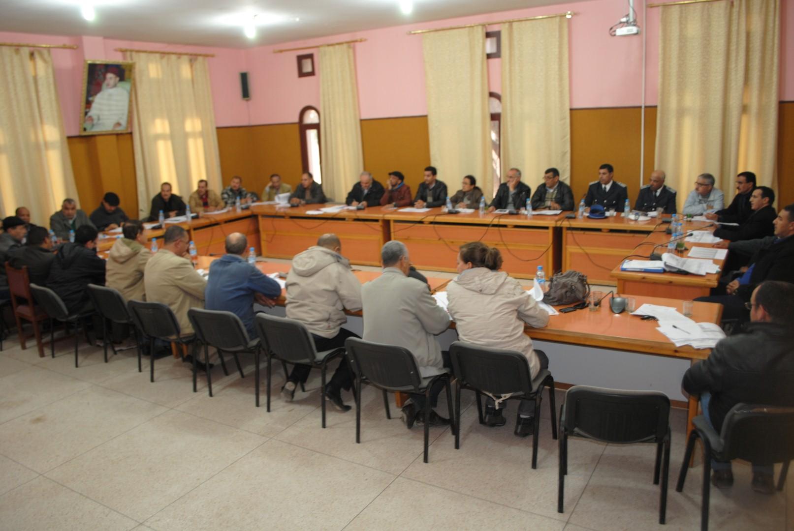 إجتماع لجنة الطوارئ بمدينة تيزنيت بعد النشرة الإنذارية ( رفقته أرقام اللجنة الدائمة للطوارئ )