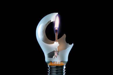 أربعاء ايت احمد: استياء الساكنة من الانقطاعات المتكررة للكهرباء
