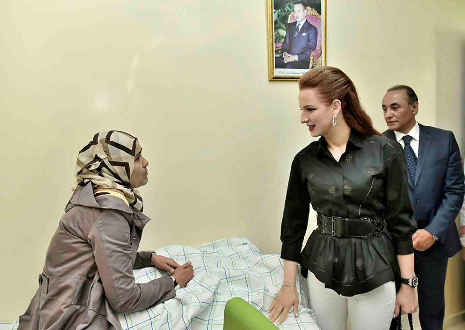 بالصور و الفيديو  : الأميرة للاسلمى تُخلد بتيزنيت اليوم العالمي بدون تدخين و تدشن مركزا للصحة الإنجابية
