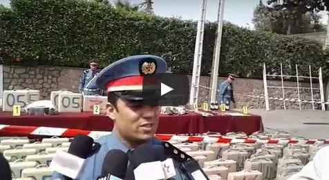 بالفيديو : تفاصيل حجز أزيد من 03  أطنان من الحشيش على متن سيارتين بأكادير