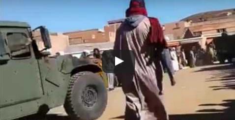 """سيدي إفني :آليات عسكرية تمر وسط مركز """" تيغيرت """""""