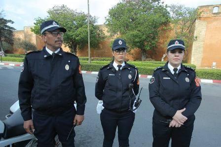 انطلاق العمل الرسمي بالزي النظامي الجديد لرجال ونساء الأمن