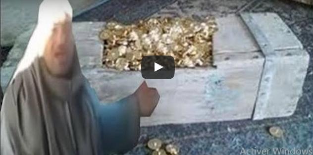 بالفيديو : مواطن مصري يكتشف كنز قارون ويطالب السيسي بـ10%