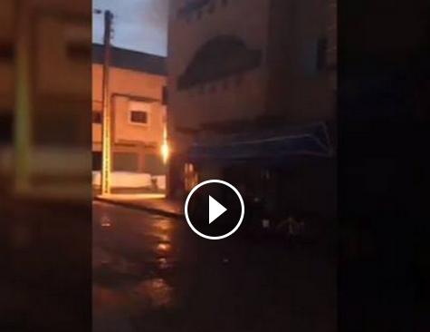 بالفيديو :حريق بسبب تماس كهربائي بتيزنيت