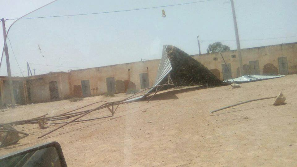 أولاد جرار : الرياح تقتلع بناية قصديرية بمقر جماعة الركادة