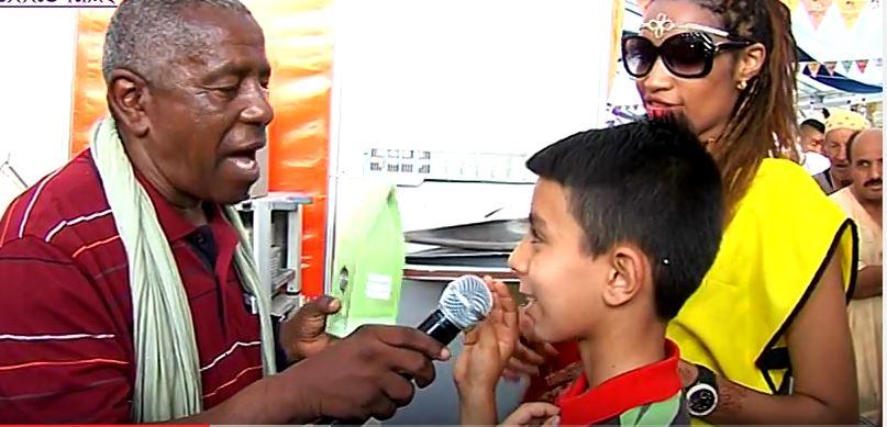 أنزي :مهرجان أنموكار ــ زوار قرية المهرجان