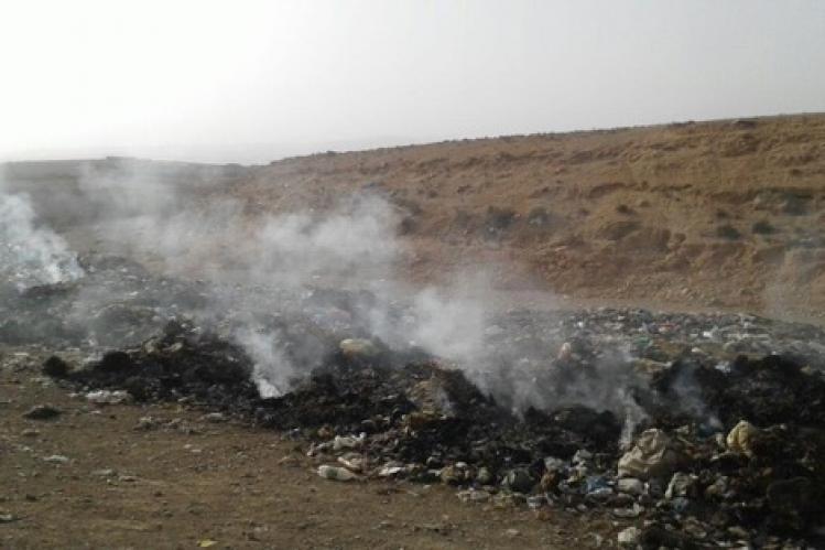 رئيس جماعة الركادة يتدخل لاخماد نيران اشتعلت بمزبلة بواد ادودو و يكشف أن حادث الحريق مُدبر