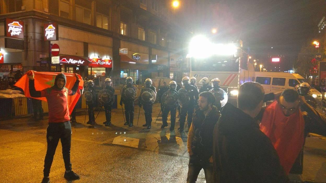 1500 مغربي يحتفلون في بروكسيل وصدامات تخلف إصابة 22 شرطي