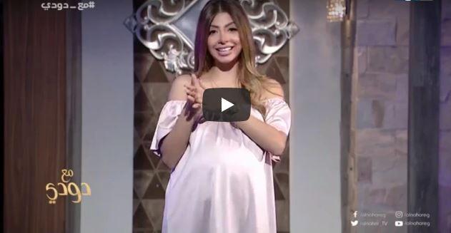 """فيديو : حلقة عن """"الأم العزباء""""تطيح بمقدمة برامج مصرية وقد تحيلها للسجن"""