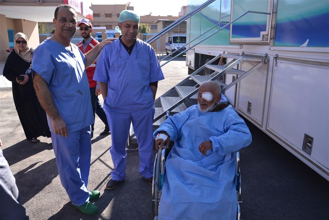 تيزنيت : بالصور و الفيديو ..إجراء حوالي 1700 فحصا واستشارة طبية و أزيد من 150 عملية جراحية خلال حملة طبية انسانية مُتعددة الاختصاصات