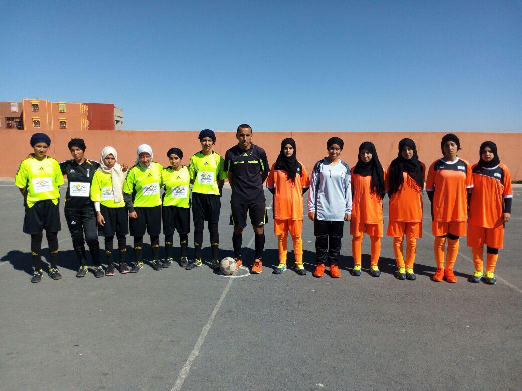 بالصــور ..فريقا دار الطالب والطالبة بونعمان لكرة القدم يتأهلان إلى النصف الوطني