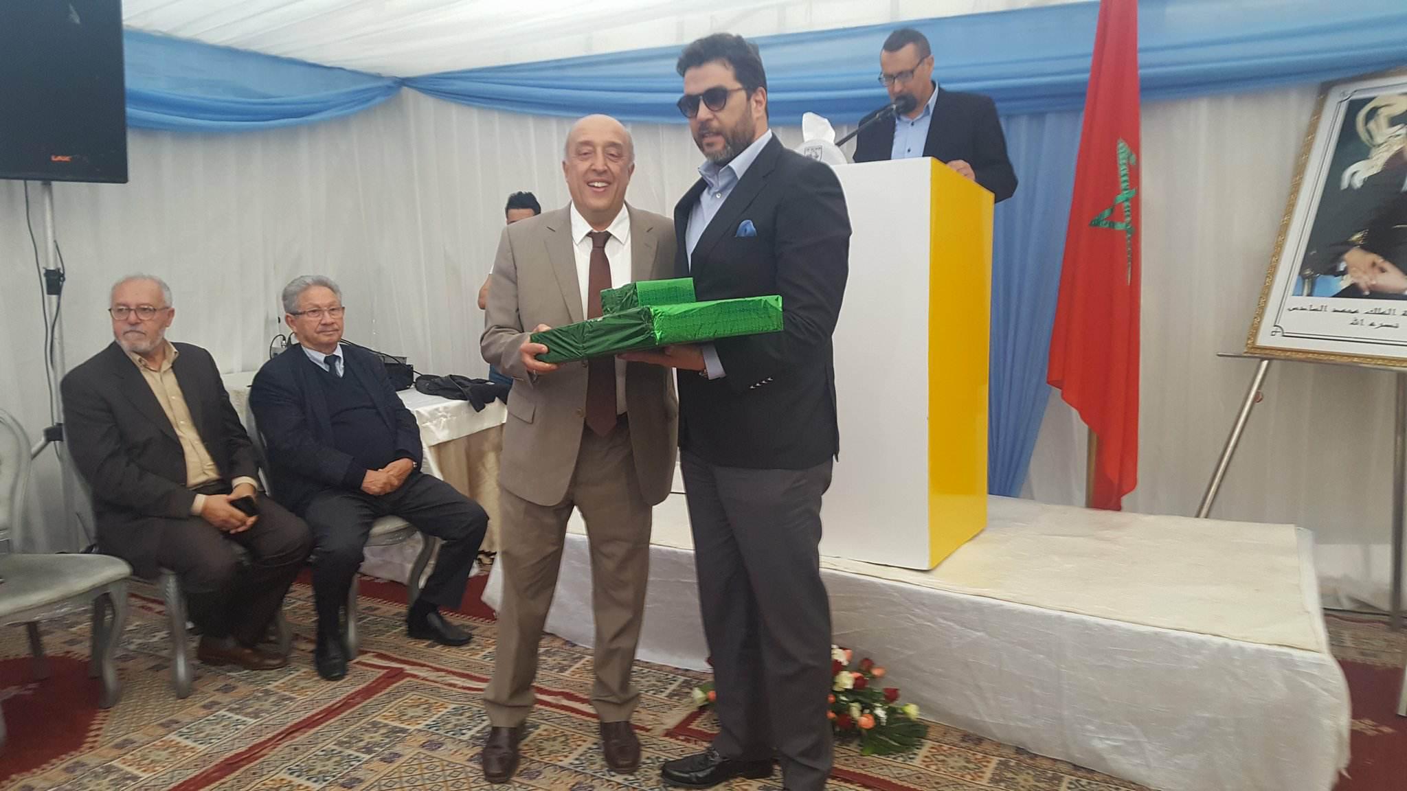 """أكادير : مديرية الضرائب تكرم المدير الجهوي السابق """"علي عبد المالك"""" بحضور المدير الجهوي الجديد"""" سعيد أوشكور """" ( فيديو و صُور )"""