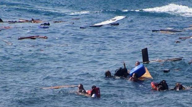 """سيدي افني :مأساة الهجرة.. وفاة مهاجر سري مغربي و توقيف آخرين بعد غرق قارب """"للحراكة""""بشاطى ميراللفت"""