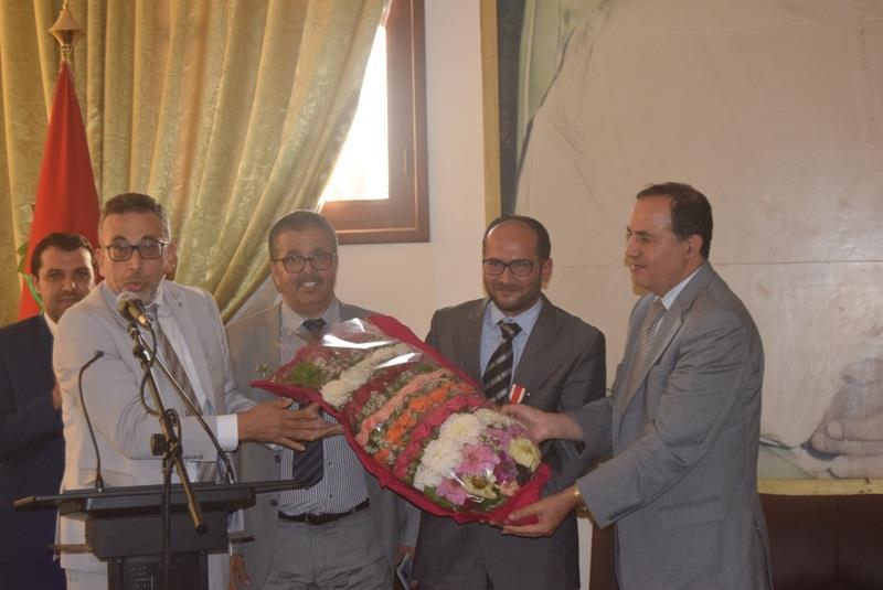 تيزنيت : المجلس الإقليمي  ينظم حفلا على شرف الاستاذ عبد الله وهبي الذي تم توشحيه بوسام ملكي