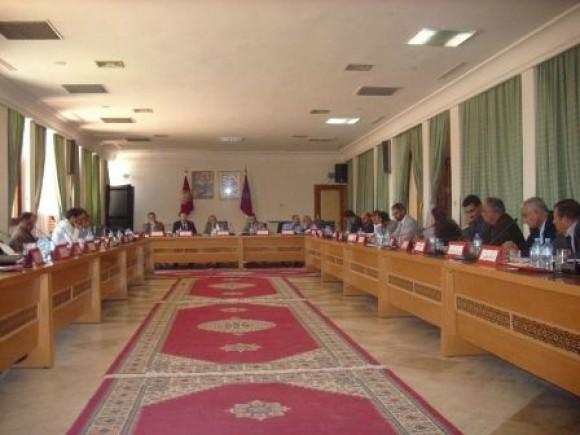 تفاصيل مناقشات الدورة العادية للمجلس الإقليمي لتيزنيت + فيديو       المنعقدة 31 يناير 2013