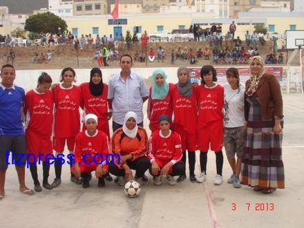 فريق فتيات تيزنيت لكرة القدم  يتألقن  بسيدي افني (صور خاصة)