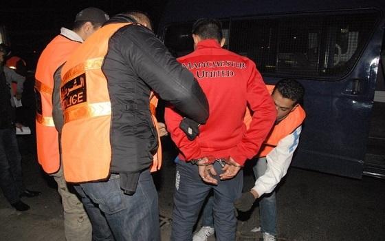 أكادير : توقيف شخصين عثر بحوزتهما على 98 كيلوغرام من مخدر الشيرا