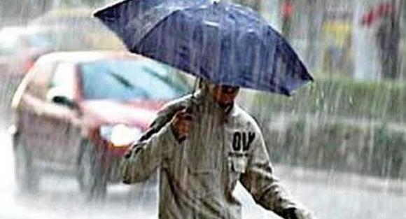 الأمطار تعود من جديد بداية من الثلاثاء في هذه المناطق