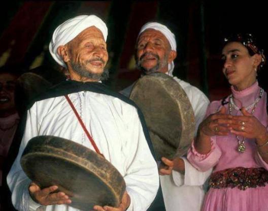 """وفاة نجم رقصة أحيدوس """"المايسترو"""" موحا والحسين أشيبان"""