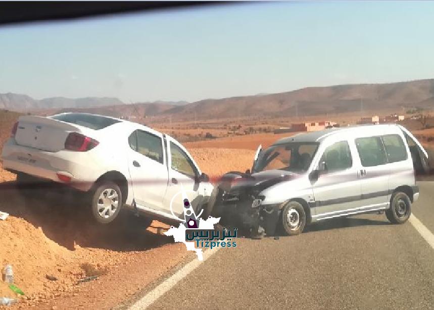 بالصور : حادثة سير خطيرة بالقرب من وادي أسكا بجماعة وجان