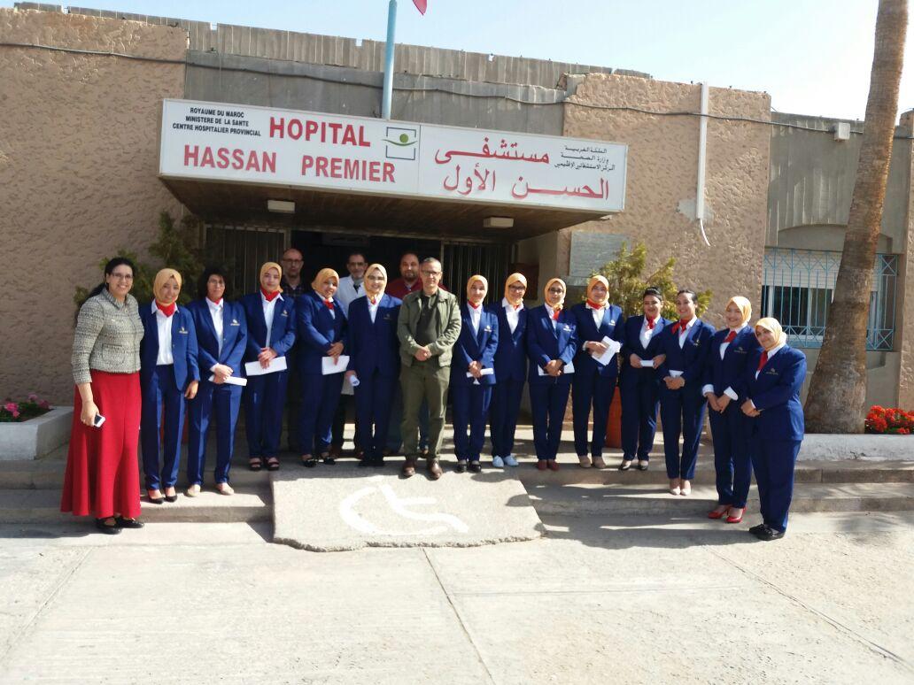 تيزنيت :مضيفات بمستشفى الحسن الأول لاستقبال المرضى و توجيه عائلاتهم