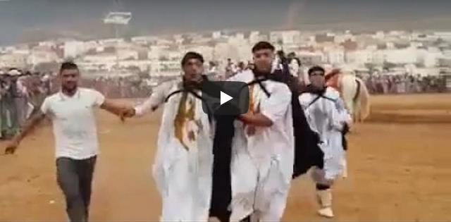 فيديو ..لحضة إصابة فارس من فرقة تبوريدة بمهرجان الصبار بسيدي إفني
