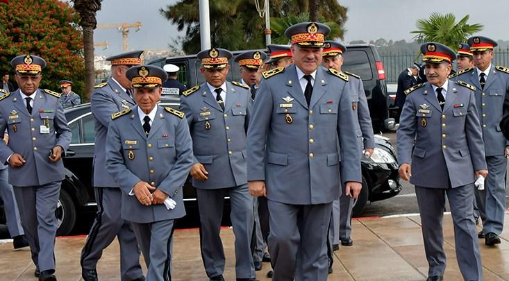 إحالة جنرالين و 48 كولونيلاً  من الدرك الملكي على التقاعد واعفاء ضباط آخرين