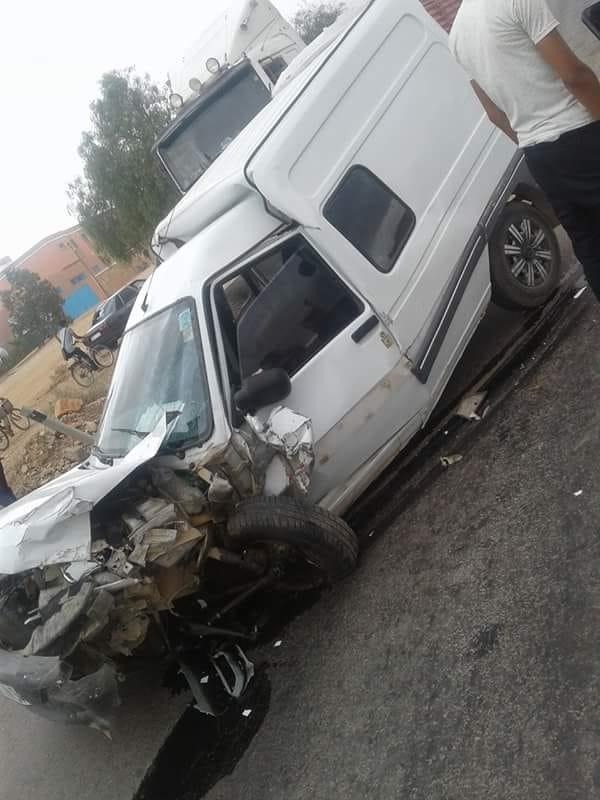 حادثة سير بين أولاد جرار وتزنيت تسفر عن خسائر مادية جسيمة