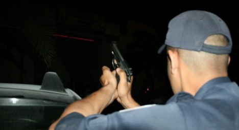 دورية أمنية بأكادير تشهر السلاح الوظيفي لتوقيف عصابة للكريساج