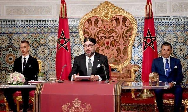 جلالة الملك يدعو الجزائر لطي صفحة الماضي