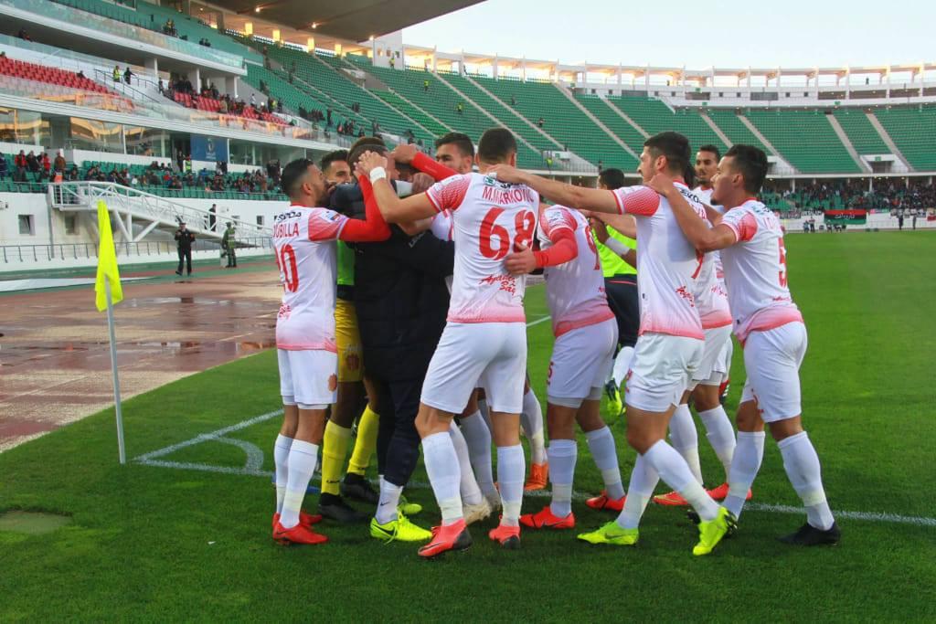 """حسنية أكادير يحقق تأهل تاريخي لربع نهائي كأس الـ """"كاف"""""""