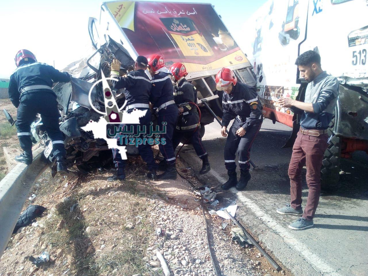 قتيل في حادثة سير خطيرة على طريق تزنيت أولاد جرار