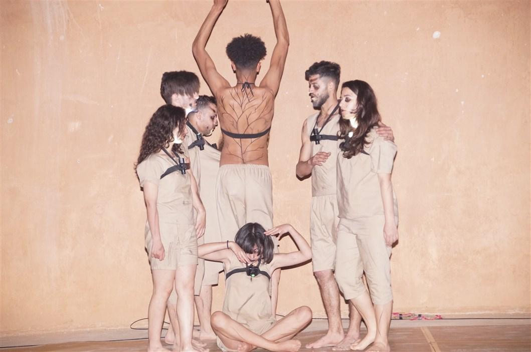 بالصــــور : مهرجان تيزنيت للمسرح والفنون الدرامية مناسبة لإطلاق نقاش حول الممارسة الشبابية بالمغرب و التعريف بالطاقات المبدعة