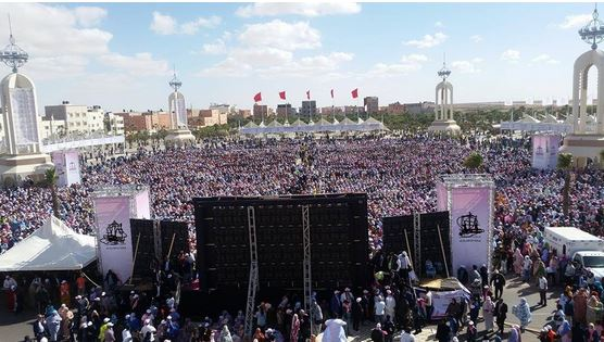 بالصور.. حزب الإستقلال يستعرض قوته بالصحراء بحضور أزيد من 40 ألفا