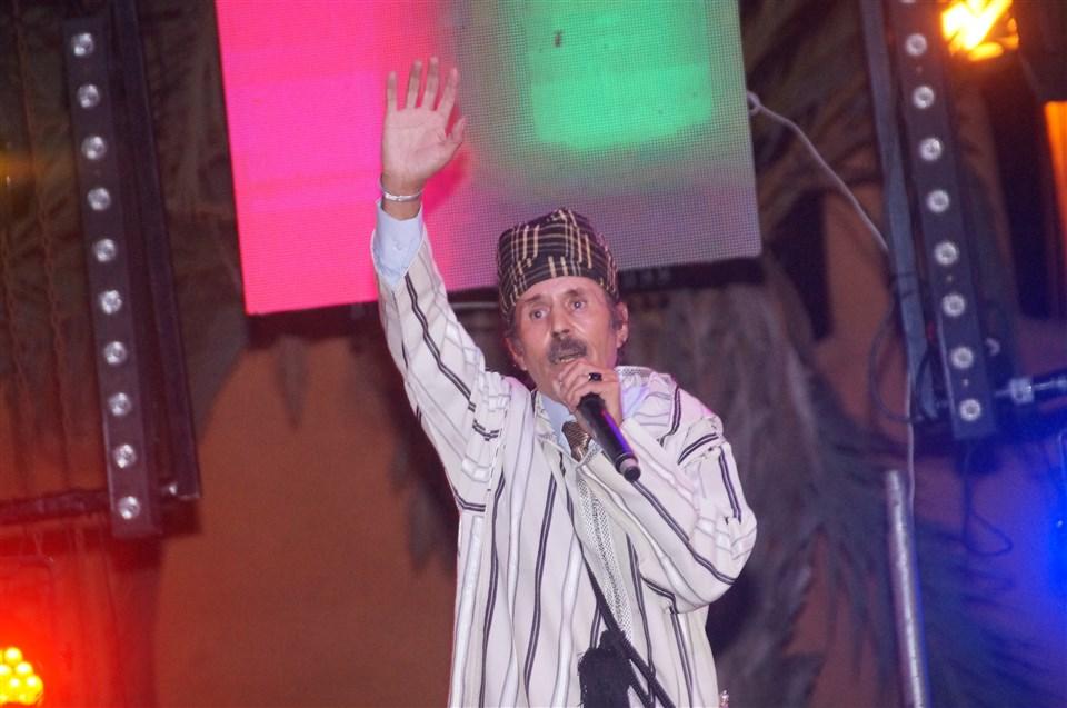 تيزنيت : الرايس الحسين الباز يحيي أولى سهرات الدورة الــ 10 لمهرجان تيميزار الفضة