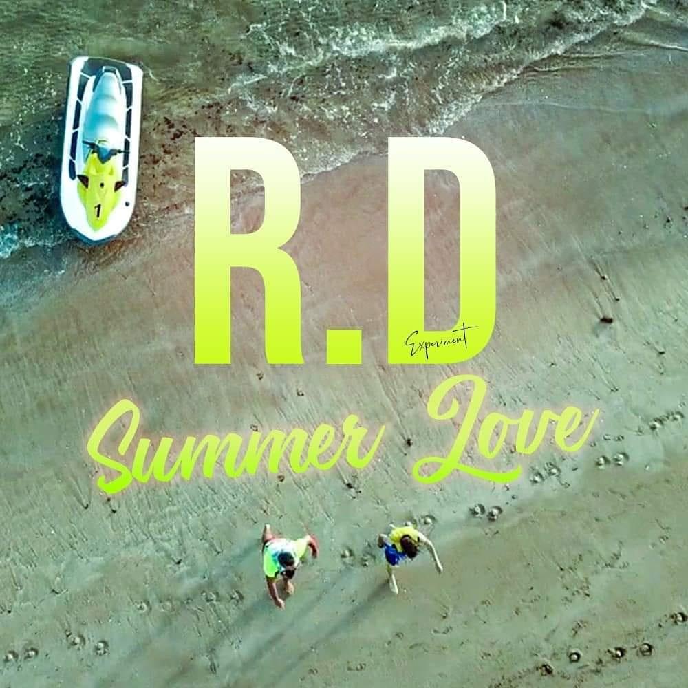 """فيديو ..بعد غياب اختياري دام حوالي خمس سنوات مجموعة الراب """"راس الدرب"""" تعود للساحة الفنية بأغنية """"Summer Love"""""""