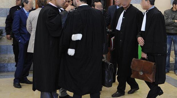 هيئة المحامين تخرج في وقفة احتجاجية ضد مضامين المادة 9 من قانون المالية