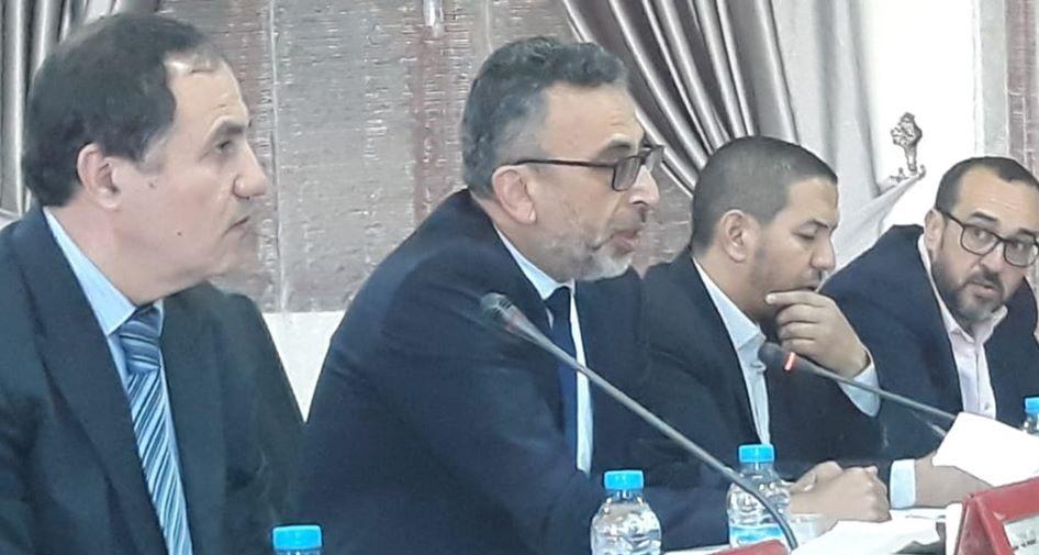 تيزنيت : المجلس الاقليمي تداول حول برنامج التحفيظ الجماعي بالإقليم وأوصى بتعميمه ليشمل جميع الجماعات