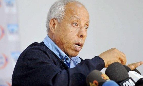 حسنية أكادير ينفصل عن المدرب محمد فاخر  ( وثيقة )