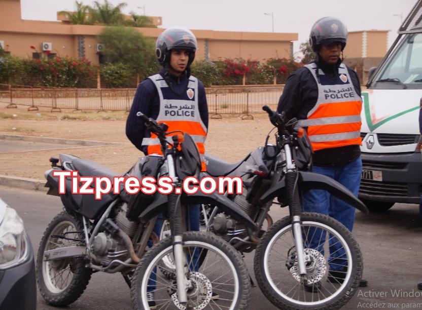 تيزنيت :الامن يشن حملة على الدراجات النارية والسيارات غير المتوفرة على وثائق التامين