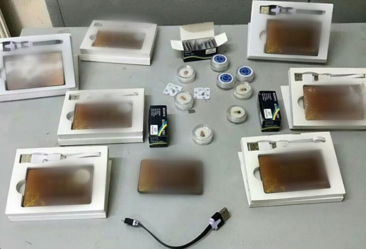 توقيف 14 شخصا في 5 مدن بسبب بيع معدات إلكترونية للغش