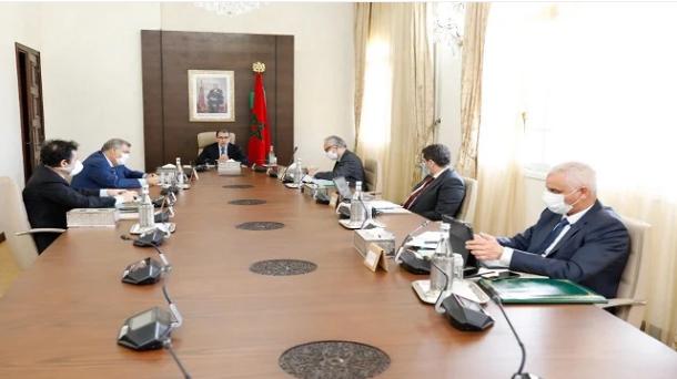 العثماني يلزم أعضاء الحكومة ومختلف المسؤولين بقضاء عطلهم داخل المغرب